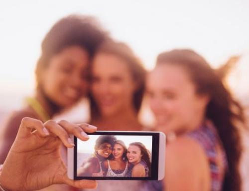 Selfie Culture Causing Angst with Teenage Girls