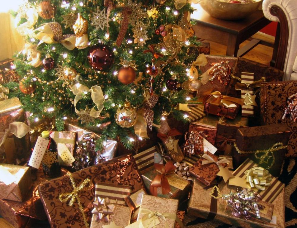 3 Ways to Rein in Excess of the Holidays